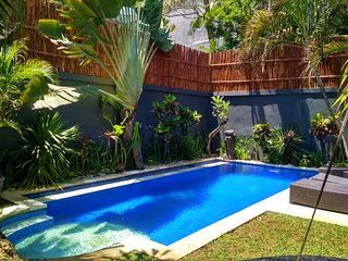 SEMINYAK - 5 BEDROOMS in HEART OF SEMINYAK - LARGE POOL - puri