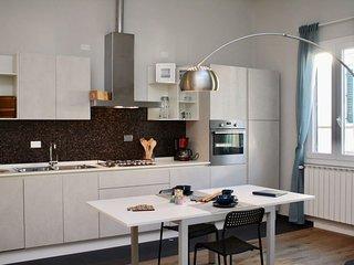 Dalia apartment in San Lorenzo with WiFi & air conditioning.