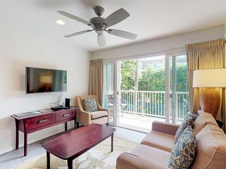 NEW LISTING! Kapa'a condo with updated kitchen, WiFi, shared pool, walk to beach