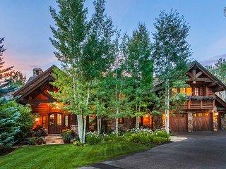 - Cresta Mountain Lodge