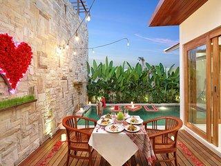 Romantic Honeymoon Ocean View Jimbaran Villa
