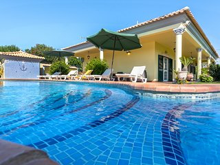 Amazing villa with swimming-pool