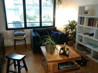 A spacious studio in Buttes Chaumont!