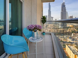 Beautiful 2BR with Burj Khalifa Views!
