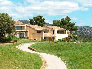 Saumane-de-Vaucluse Apartment Sleeps 8 with Pool and Free WiFi - 5768871