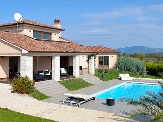 3 bedroom Villa in Barbici, Istria, Croatia : ref 5688044