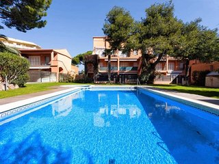 Ideal to enjoy S'Agaró: location, pool, beach and parking