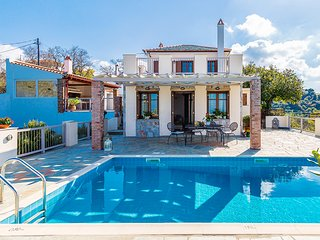 2 bedroom Villa in Skópelos, Thessaly, Greece : ref 5604853
