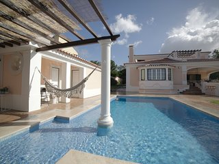 Amazing Luxury Golf & Pool Noble Villa in Estoril