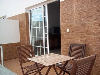 2 bedroom Apartment with WiFi - 5691375
