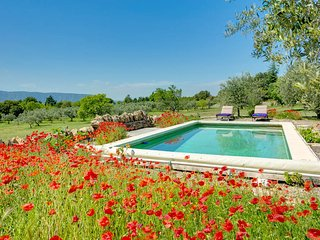 Coustellet Villa Sleeps 4 with Pool and WiFi - 5604797