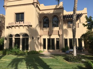 Guest First - Palm Jumeirah 5 Bed Villa