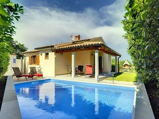 2 bedroom Villa in Liznjan, Istria, Croatia - 5691638