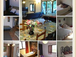 Offre groupe 9 chambres + 5 SDB, 24 personnes. Billard et jardin privé. village