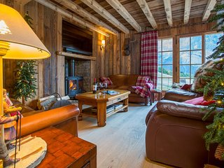 Chalet Heidi - Luxury Samoens Chalet in Secluded Location with Fantastic Views
