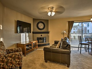 NEW! Cozy Condo w/ 2 Suites in Denver Tech Center!