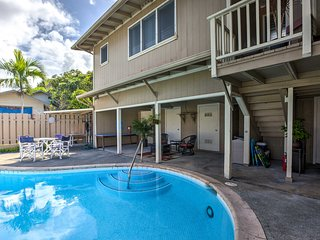 NEW! Bright Kailua House w/Pool & Patio by Beaches
