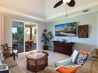 M33 Waikoloa Beach Villas.  Includes Hilton Waikoloa Pool Pass for 2020