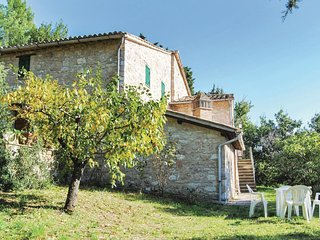 3 bedroom Villa in Renaiola, Umbria, Italy : ref 5523698