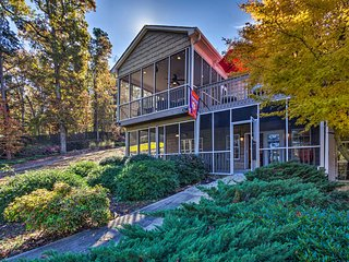 Seneca Townhome on Lake Hartwell-5 Min to Clemson!