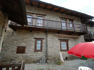 2 bedroom Apartment in Ville Sur Sarre, Aosta Valley, Italy : ref 5516207
