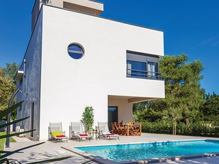 4 bedroom Villa in Premantura, Istria, Croatia : ref 5550957