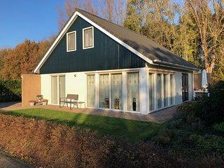 Vakantiehuis in Drenthe met 5 Slaapkamers en Buitensauna
