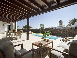 3 bedroom Villa in Puerto del Carmen, Canary Islands, Spain : ref 5691337