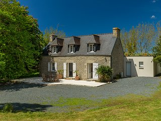 4 bedroom Villa in Plomeur, Brittany, France : ref 5604903