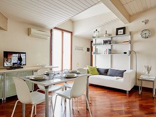 Quiet and cozy 1bdr close to Milano  Central station