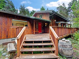 NEW LISTING! Coastal redwood retreat w/deck, wood stove & forest view