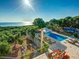 3 bedroom Villa in Perachóri, Ionian Islands, Greece : ref 5604836