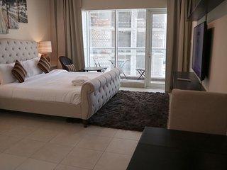 Downtown Burj Al Nujoom Studio Apt. 610