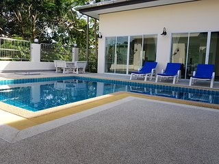 Private pool villa, 5 bedroom, up to 10 persons inc. in price, Kathu, Phuket