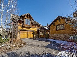 Luxury 7 Bedroom Arrowhead Estate with Theater Room and Ski Cabin Access
