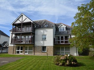 00293 Apartment situated in Carlyon Bay