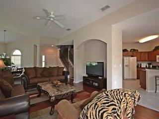 246MC. Superb Mediterranean Style 6 Bedroom Pool Home