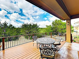 4BR, 3BA Dripping Springs Stargazers' Dream Home with Fire Pit on 1.5 Acres