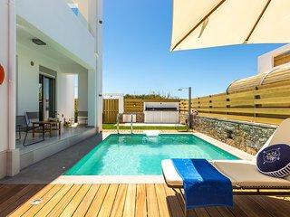 Thalasses Villas - Villa Eeanthe, Private Beach Facilities & First Class Service