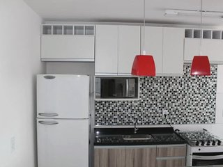 Apartamento completo e aconchegante! Estruturado e confortável.