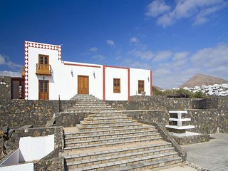 5 bedroom Villa in Puerto del Carmen, Canary Islands, Spain : ref 5691537