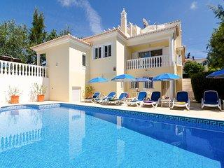 4 bedroom Villa in Vale da Canada, Faro, Portugal : ref 5683851