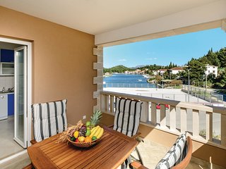 2 bedroom Apartment in Blace, Croatia - 5563037
