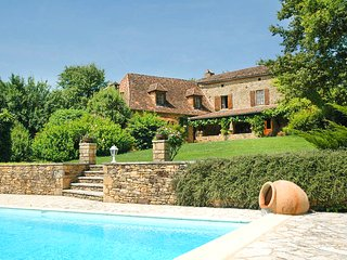 4 bedroom Villa in La Salvagie, Nouvelle-Aquitaine, France : ref 5687005