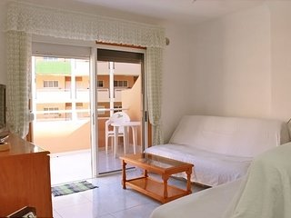 El Medano, large terrace, pool, near beach!