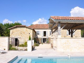 5 bedroom Villa in Castelnau-d'Arbieu, Occitania, France : ref 5686445