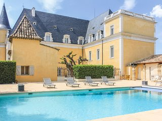 8 bedroom Chateau in Pont-Saint-Esprit, Occitania, France : ref 5690558
