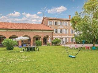 2 bedroom Apartment in Ca' Corniani, Veneto, Italy : ref 5548869