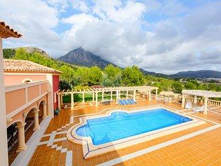 5 bedroom Villa in Finestrat, Region of Valencia, Spain - 5683859