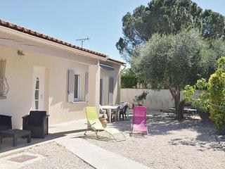 3 bedroom Villa in Cabannes, Provence-Alpes-Côte d'Azur, France : ref 5543327